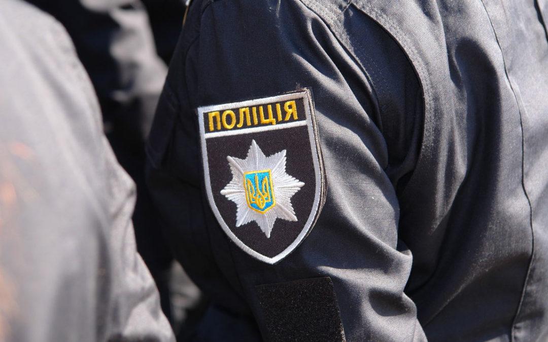ЧП в харьковском метро: пенсионер обвиняет полицейских в краже денег