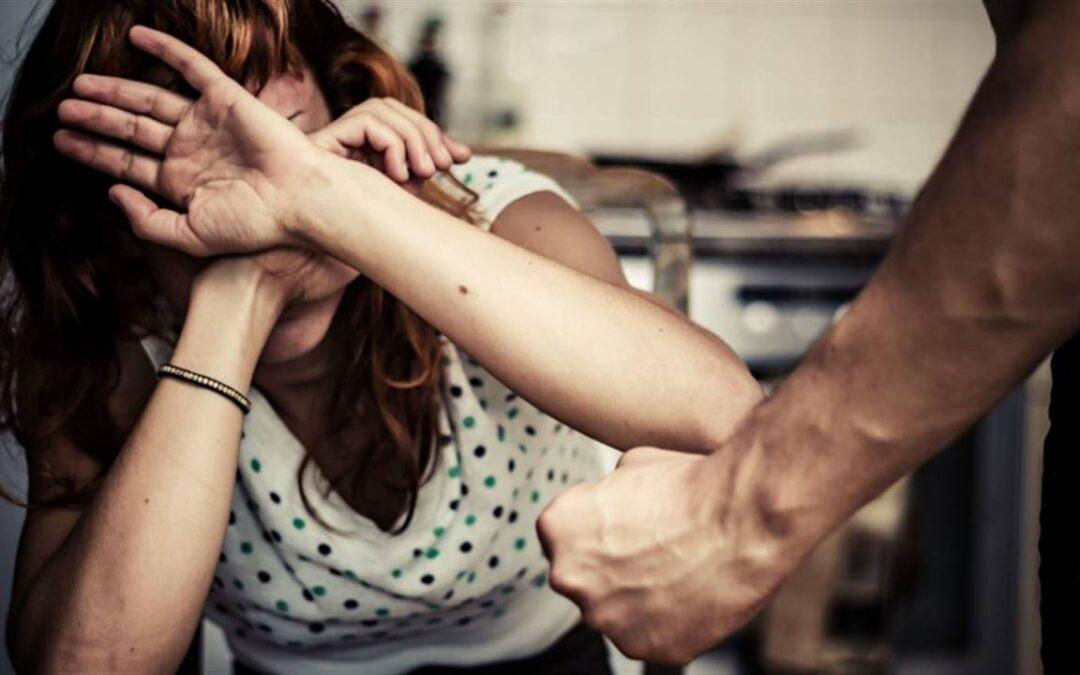 Ударил муж, но полиция не едет. Что делать?